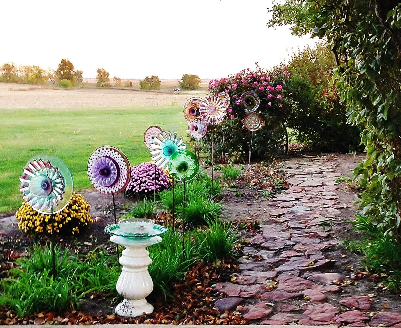 Sale garden art shabby chic romantic style yard decor for Shabby chic yard