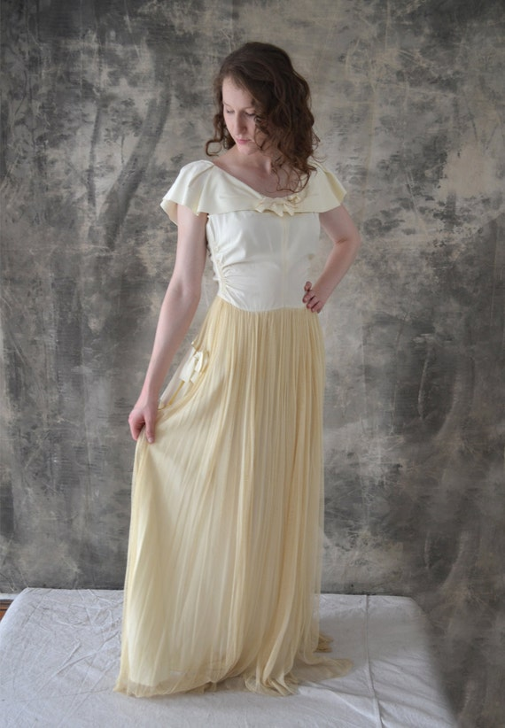 1940s Wedding Gown Satin and Netting size S