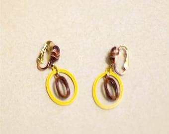 Clip On Dangle Earrings Burgundy Yellow 1960s Mod