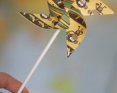 Monkey Favor 12 Mini Spinnable Pinwheels Green Monkey on My Back (Custom orders welcomed)