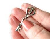 Silver Charms : 10 Antique Silver Heart Victorian Key Charms | Skeleton Key Pendants 42x13.5mm -- Lead, Nickel & Cadmium Free 15759.J5D