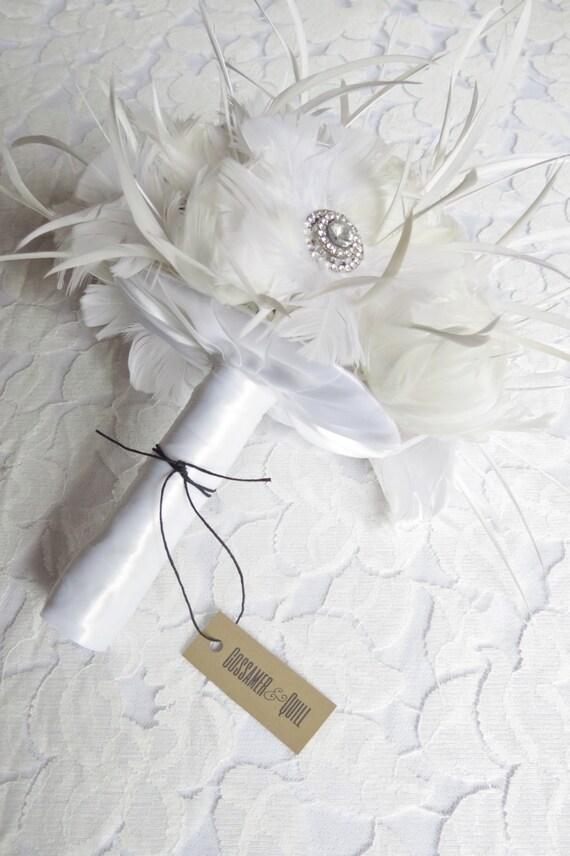 White Feather Brides Bouquet - Brooch Bouquet - Alternative to Flowers - Feather Bouquet - Wedding Flowers