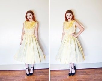 Vintage 1950s Dress - Lemon Yellow Taffeta Full Skirt Party Betty Mad Men - Small