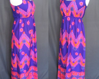 Vintage 1970s Pomare Tahiti Maxi Dress, 70s Hawaiian Beautiful Colors of Deep Purple, Orange, Pink and Turquoise