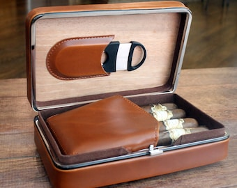 Executive Brown Leather Cigar Case With Cutter - Personalized Groomsmen Gift for Men, Birthday Gift, Gifts For Him