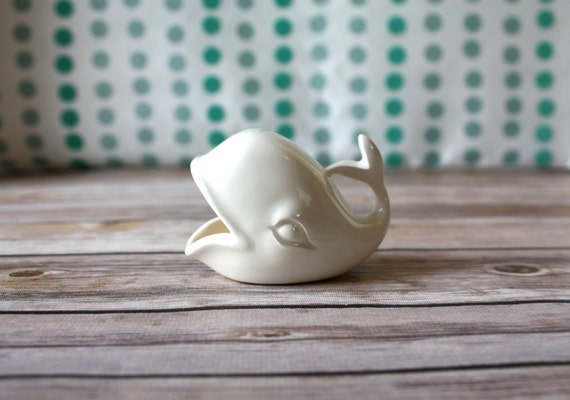 White Whale Ring Holder -  Tiny Ceramic Whale - Vintage Style Whale - Handmade Whale Jewelry Holder - Bridal Shower Gift - Engagement Gift