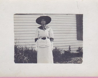 Ca. 1910 Real Photo Post Card of a Lady in Edwardian Garb - 1053