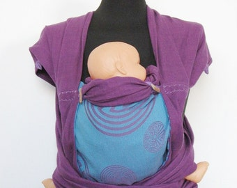 Wrap conversion mei tai from Didymos Labrynth violet/Turkis and Colimacon dark violet straps.