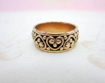 CLEARANCE SALE 14k gold Victorian heart cigar band heavy ring size 5 1/2 European size L - antique lovers hearts - engagement ring - wedding