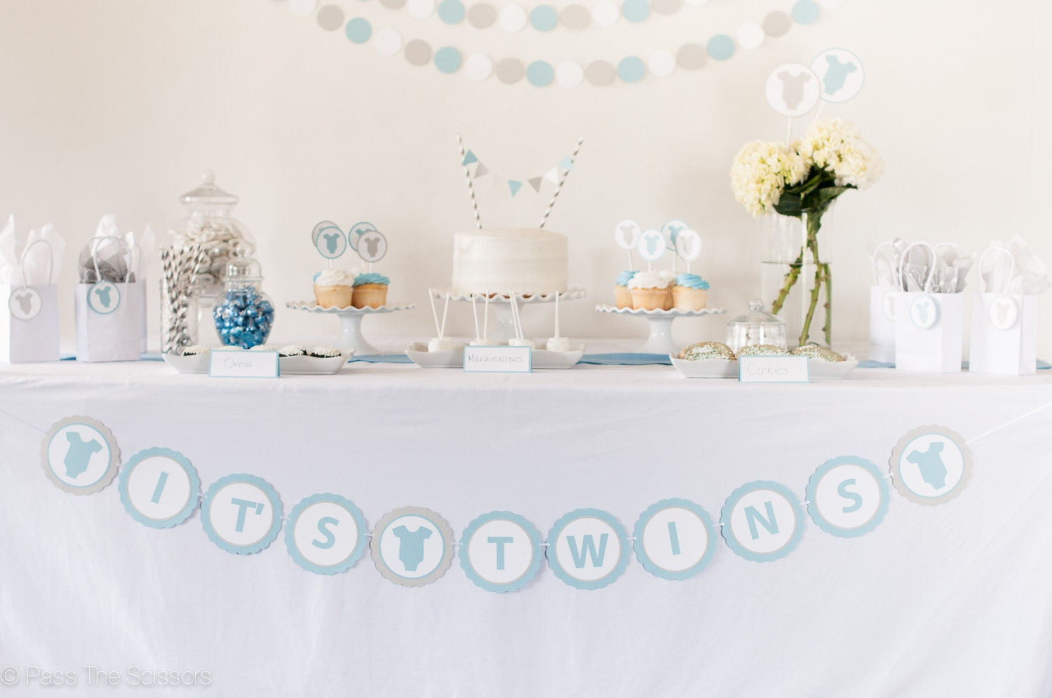 It 39 s twins baby shower banner boy baby shower baby for Baby shower decoration twins