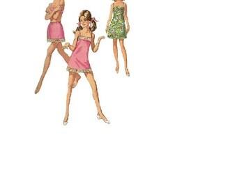 Simplicity 7693 Retro 60s Sewing Pattern Misses Half Full Slip Panties Undergarment Lingerie Negligee Bust 32