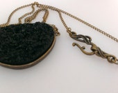 Black Necklace Glitter Stone Pendant Bronze Chain