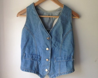 Vtg Sasson Vest- Button Up, RACER Back style VEST Size Medium