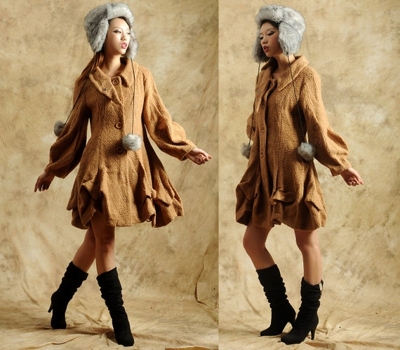 woolen coat with latern sleeves and irregular hem
