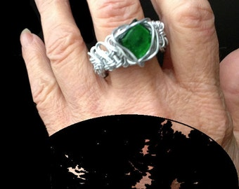 Ring green hand twisted wire