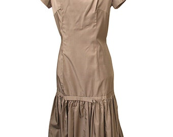 Vintage 1950s Taffeta Party Dress Fitted with Flounce Mermaid Style