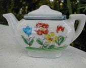 Teeny Tiny Toy Teapot Vintage Porcelain Childs Toy