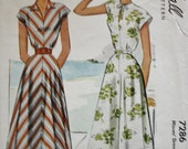 1940s Dress Sewing Pattern Collar or Tie Neckline Cap Sleeve in One with Bodice  McCall 7286