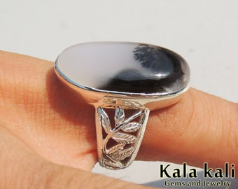 White Dendritic agate Sterling Silver Engraved Filigree Ring size 8 US