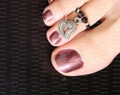 Toe Ring - Heart Charm - Black Crystals - Stretch Bead Toe Ring