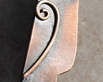 Owl brooch in copper finish