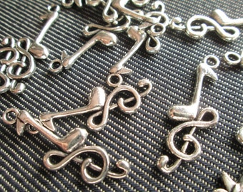 10 Silver Treble Clef Music Charms   - CT - 0224