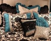 12x16 Boudoir Pillow Black And White Dot Mattelasse