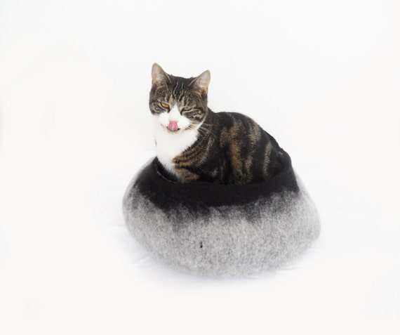 Cat Bed House Basket natural grey and Black