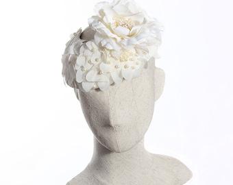 Floral Bridal Fascinator, Cream Silk Flower Headpiece