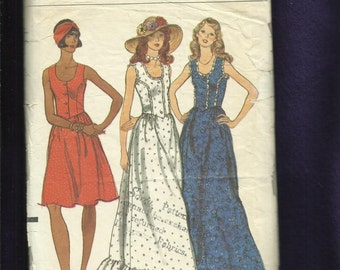 Vintage 1970's Vogue 8837 Prairie Sun Dresses with Fitted Bodice and Ruffled Tier Size 6