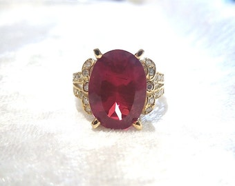 Red Andesine and Diamond Ring in 14K Yellow Gold