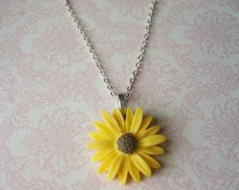 Handmade Yellow Daisy Sunflower Necklace, Bridesmaids Necklaces, Bridesmaids Jewelry, Bridesmaids Gifts