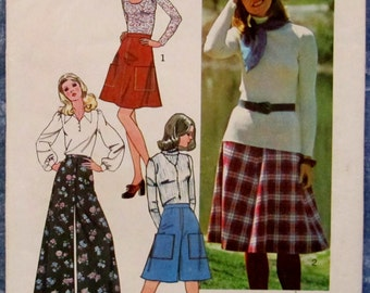Vintage 1970s Misses Skirt and Pantskirt in Two Lengths Size 12 Sewing Pattern Simplicity 6626