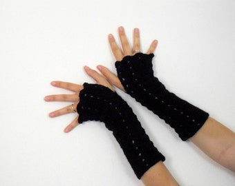 black crochet gloves long and fingerless in victorian style for women