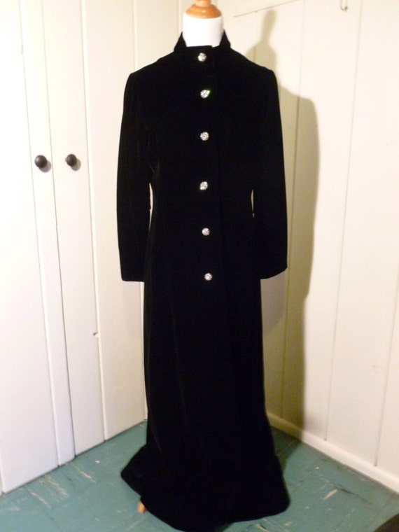 40's Vintage Black Velvet Coat by Sandra Sage, floor length