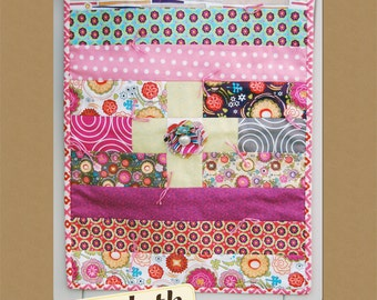 Pearl Flower Doll Size Quilt PDF Pattern