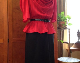 Nice Vintage Red And Black Belted Dress