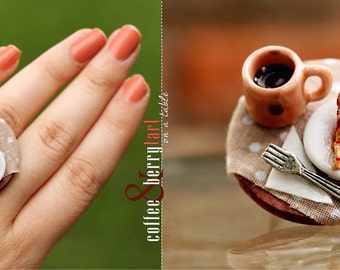 Coffee & Berry Tart on a Table Ring Food Jewelry / Dollhouse Miniature / Miniature Food / Cute Jewelry / Vintage / Romantic Jewelry /