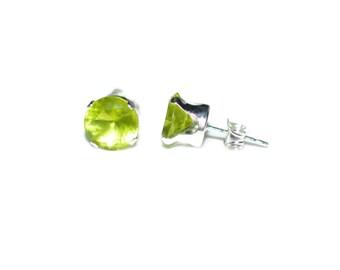 5mm Round Light Green Cubic Zirconia CZ Sterling Silver Stud Earrings - Peridot Cubic Zirconia CZ Post-Style Round Silver Earrings