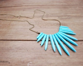 Turquoise spike necklace - Statement necklaces for women - Rustic bohemian turquoise necklace - Statement turquoise necklace