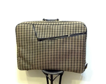 1950's Plaid Rockabilly Suitcase, Vintage Hipster Luggage, 1960's Tartan Fabric Suitcase with Green Interior, Pin Up / Rockabilly Tote
