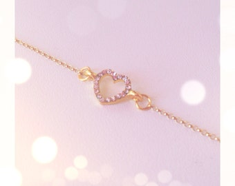 Bracelet with tiny heart gold and strass