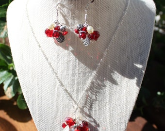 Swarovski Crystals Necklace and Earing Set with Silver Beads