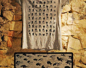 Monkeys bike. t-shirt