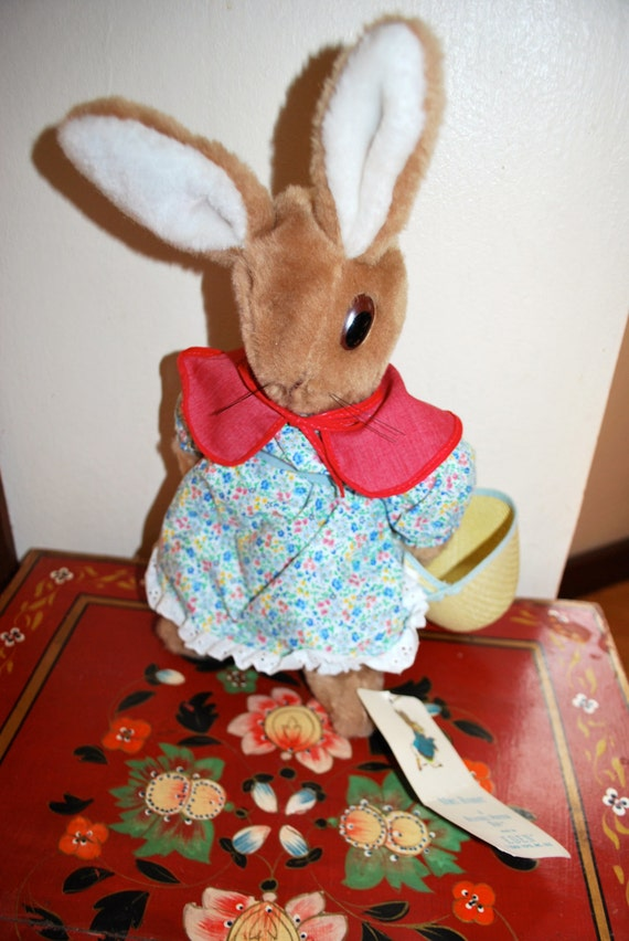 Vintage 1972 Mrs. Rabbit Beatrix Potter by MissBargainHuntress