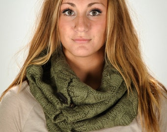 Neck warmer, winter accessory, knitted scarf with buttons, chunk knitted memorable cowl in Olive Green