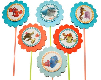 Finding Nemo cupcake toppers - Set of 12 - Nemo Dory Squirt