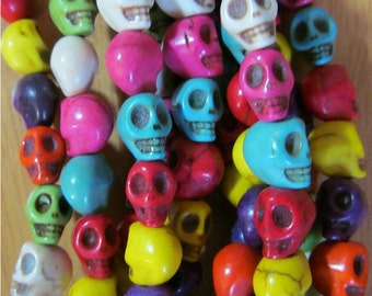 1 Strand of 50 Multi-colored Howlite Skull Beads 7x6x8mm PH Turq-G140-12-A FREE SHIPPING