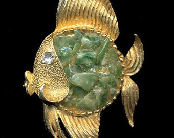 "1950s 2 1/2"" Green Rock Fish Brooch"