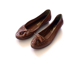 Brown Vintage Leather Shoes / Brown Leather Loafers / Size 37 Shoes